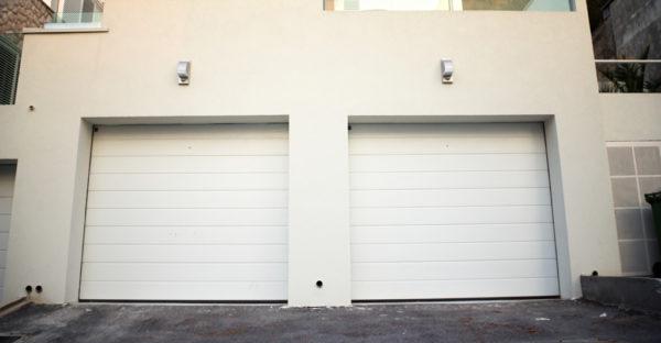 Tout ce qu'il faut savoir sur la pose de porte de garage